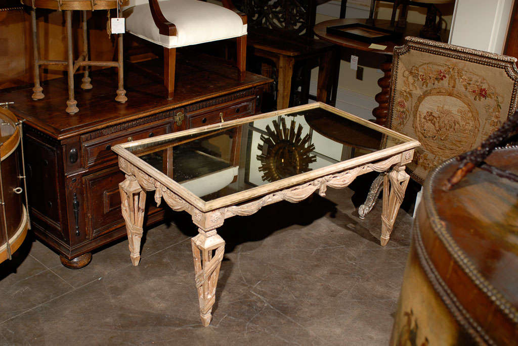 Italian Mirrored Top Ornate Bleached Wood Coffee Table with Swags, circa 1920 For Sale 3