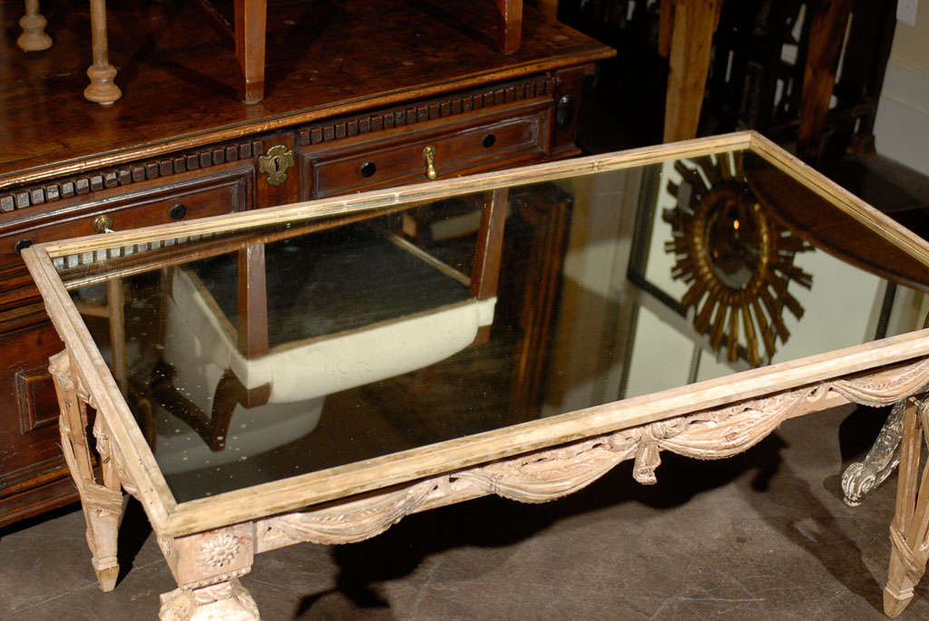 20th Century Italian Mirrored Top Ornate Bleached Wood Coffee Table with Swags, circa 1920 For Sale