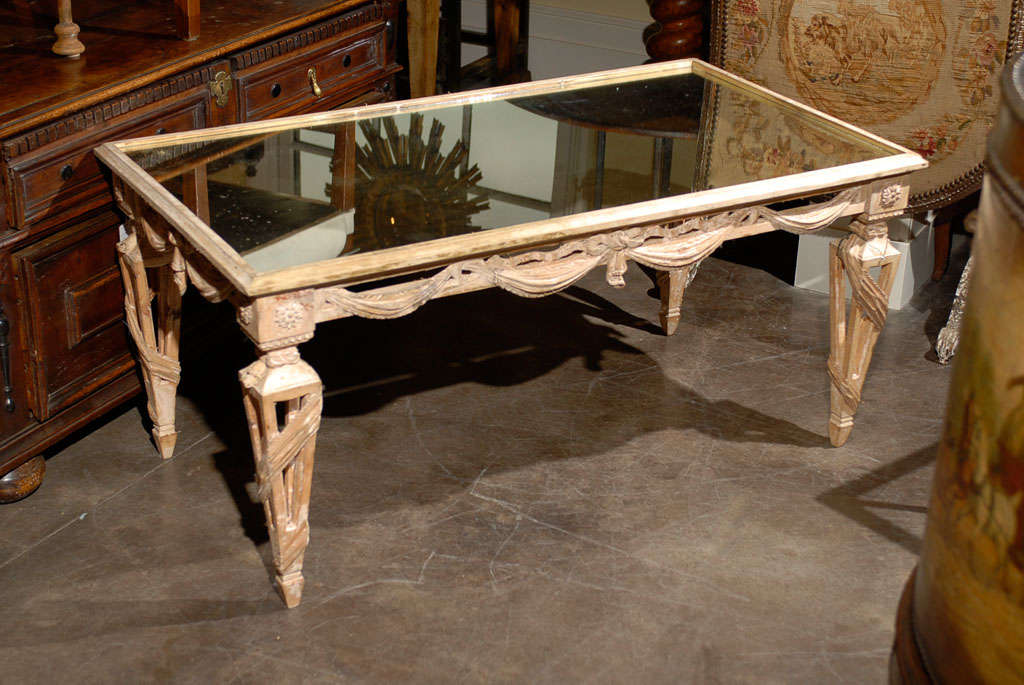 Italian Mirrored Top Ornate Bleached Wood Coffee Table with Swags, circa 1920 For Sale 1