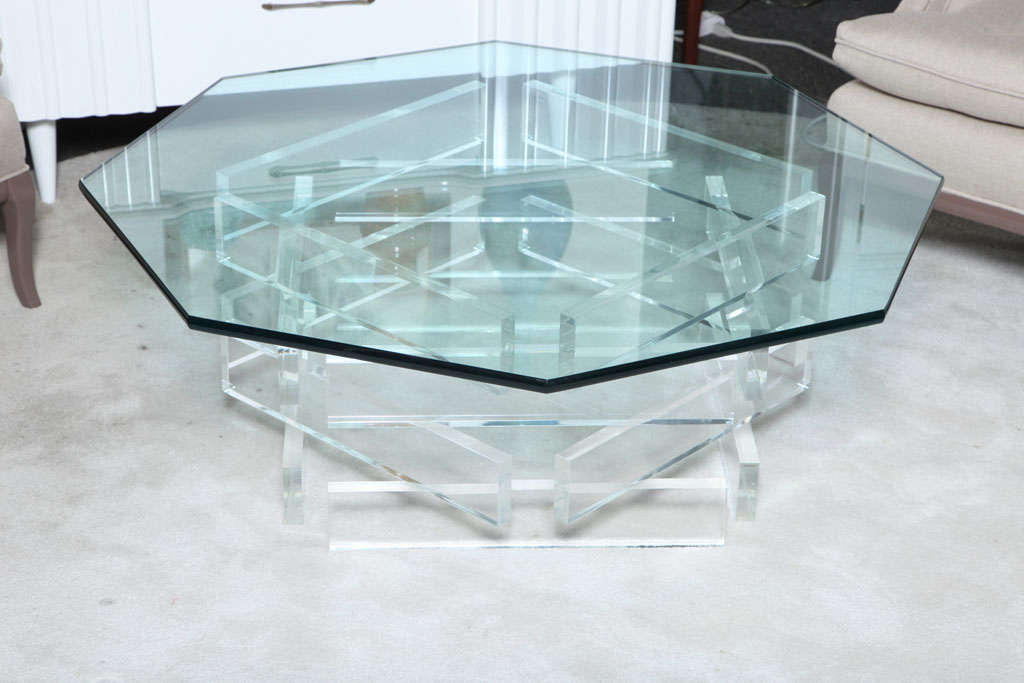 Beautiful 1970 39 S Octagonal Lucite And Glass Coffee Table At 1stdibs