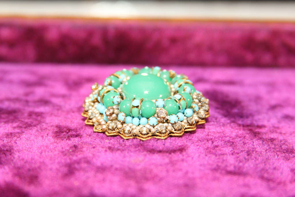 American green/blue brooch For Sale