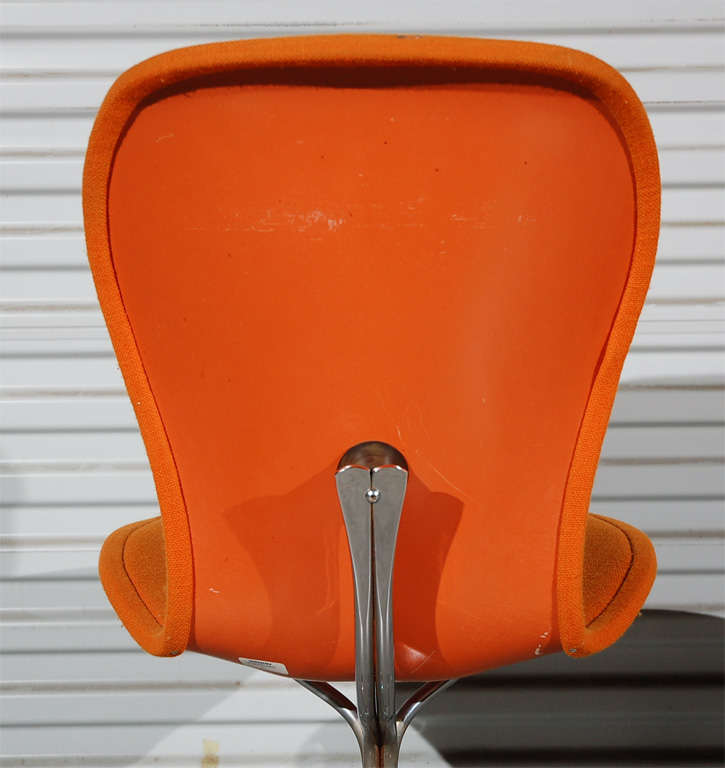 Pair of Ion Chairs In Good Condition For Sale In Los Angeles, CA
