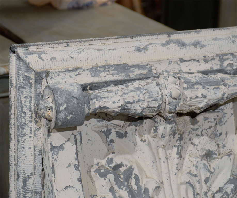 Pair of Large Size Turn of the Century Zinc Decorative Corbels with Volute In Good Condition For Sale In Atlanta, GA
