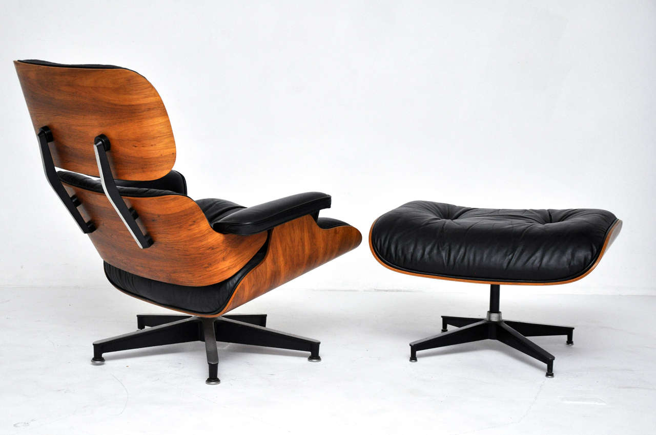 Rosewood Charles Eames Lounge Chair Herman Miller at 1stdibs