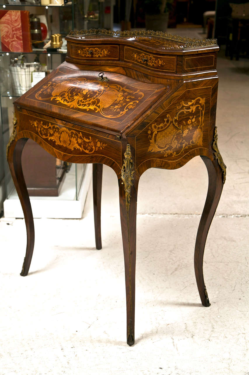 19th C French Ladies Marquetry Writing Desk with Ormalou 2 - 19th C French Ladies Marquetry Writing Desk With Ormalou At 1stdibs