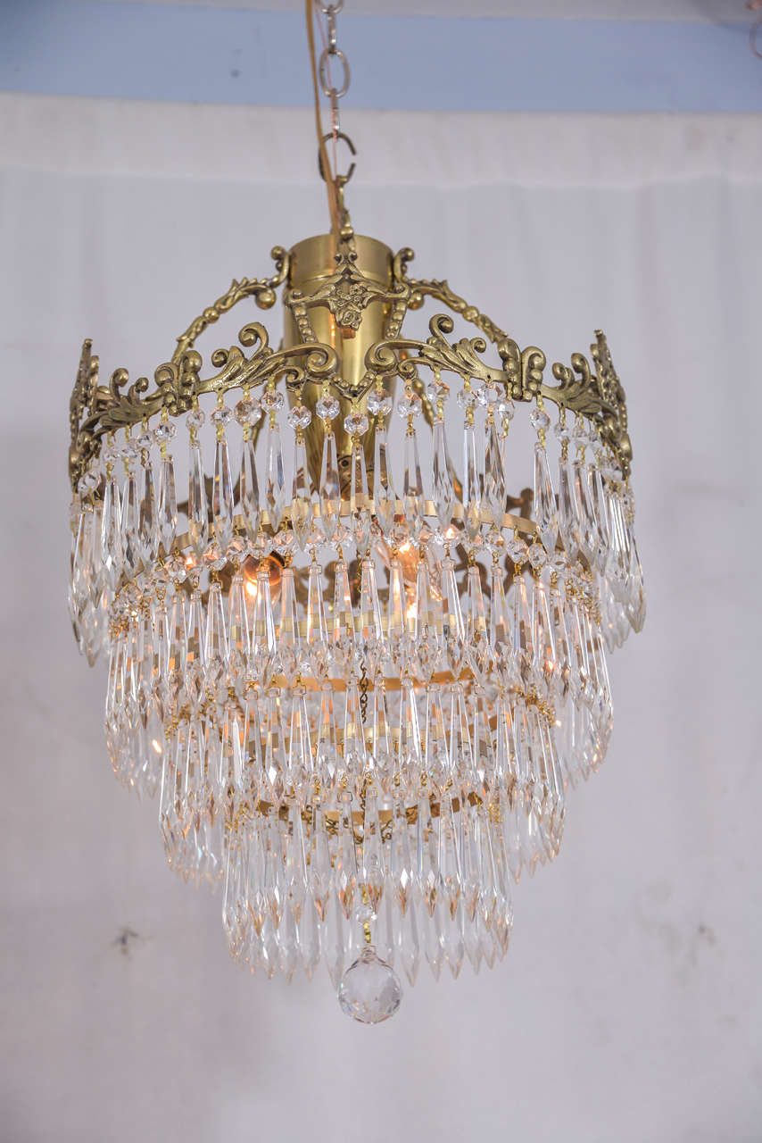 Unique Crystal Chandelier with Wedding Cake Design and a Lovely Cast  WH16