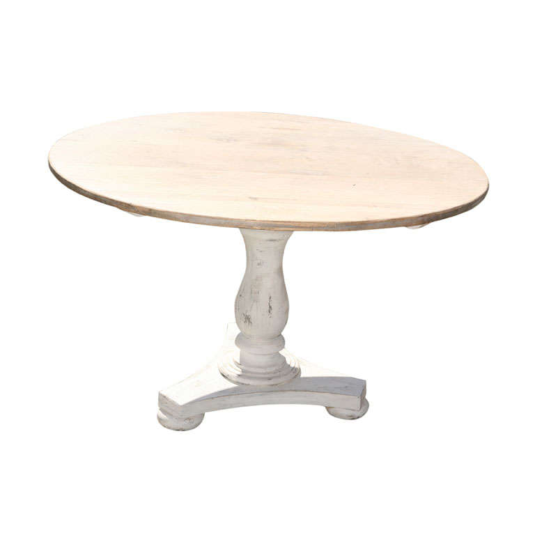 Rustic Round Pedestal Farm Table at 1stdibs