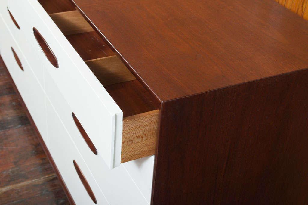 Hendredon Dresser 9