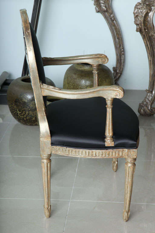 Rare Set of Four Italian Neoclassic Silver Gilt Armchairs In Excellent Condition For Sale In Miami, FL