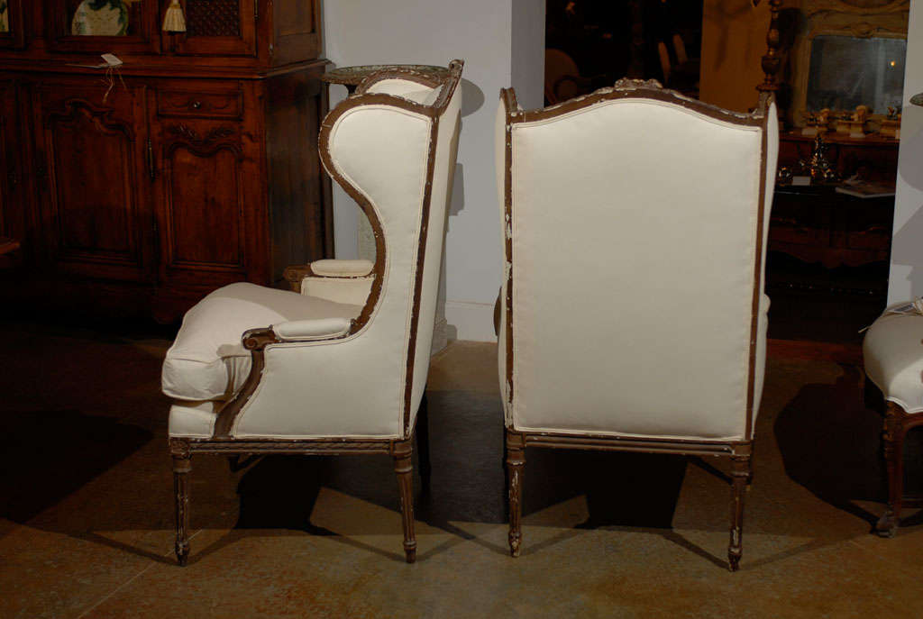 Pair of French Louis XVI Style 1870s Wingback Bergères Chairs with Upholstery For Sale 4