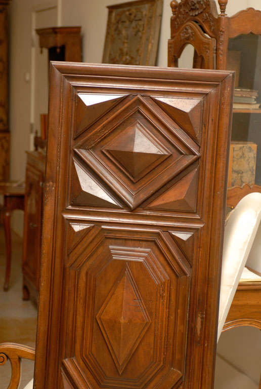 17th Century Pair of French Louis XIII Period Carved Walnut Architectural Panels In Good Condition For Sale In Atlanta, GA