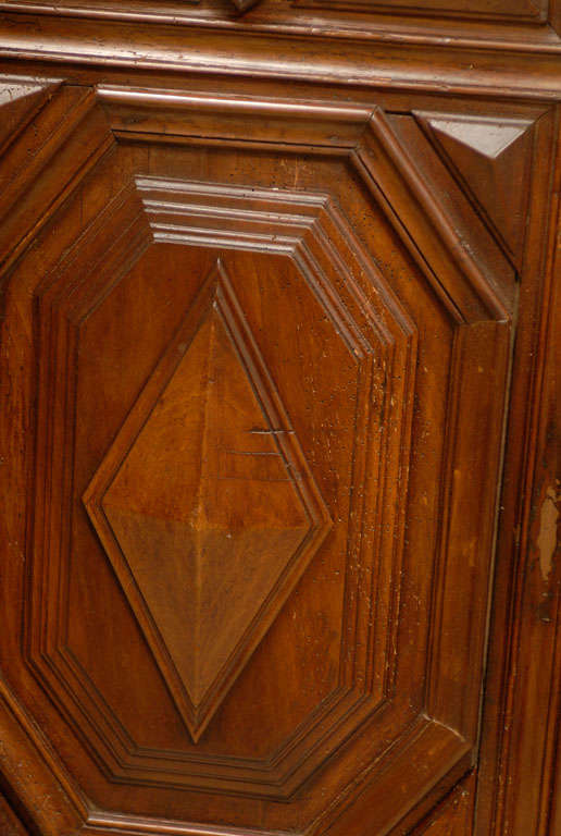 17th Century Pair of French Louis XIII Period Carved Walnut Architectural Panels For Sale 3