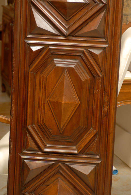 17th Century Pair of French Louis XIII Period Carved Walnut Architectural Panels For Sale 5