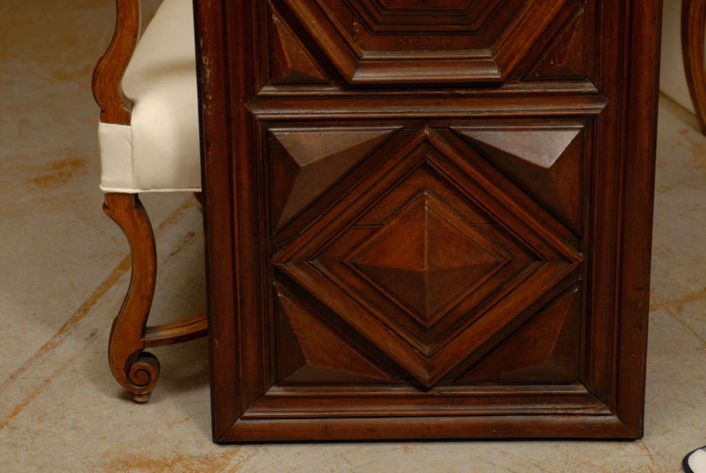 17th Century Pair of French Louis XIII Period Carved Walnut Architectural Panels For Sale 6