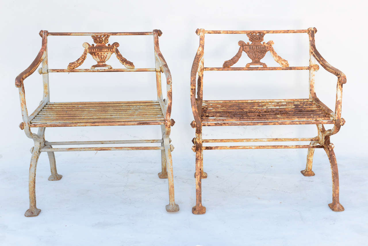Neoclassical Revival Pair of 19th Century Iron Garden Chairs by Karl Friedrich Schinkel For Sale