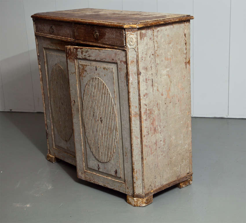 Gorgeous Gustavian Late 18th Century Sideboard For Sale 1