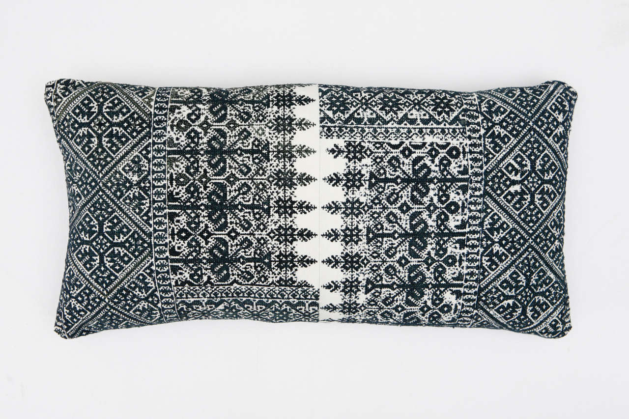 Moroccan Fez Embroidery Pillows In Excellent Condition In Los Angeles, CA