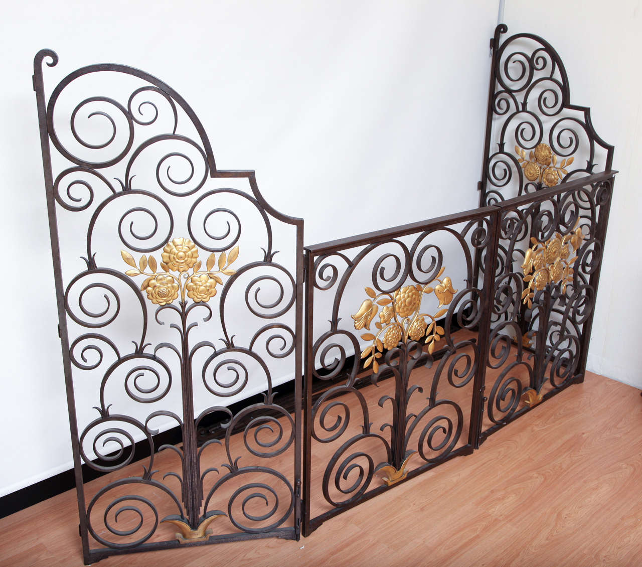 Art Deco French 1940s Wrought Iron Screen/Gate For Sale