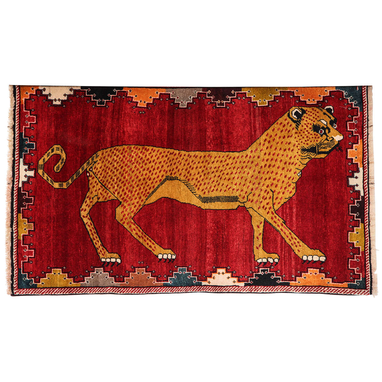 Persian Qashqai Carpet in Pure Wool and Natural Vegetable Dyes, circa 1940 For Sale
