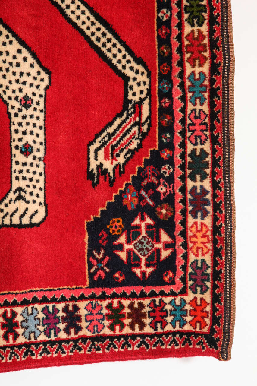Persian Qashqai Carpet, circa 1940 with Handpsun Wool and Natural Vegetable Dyes 1