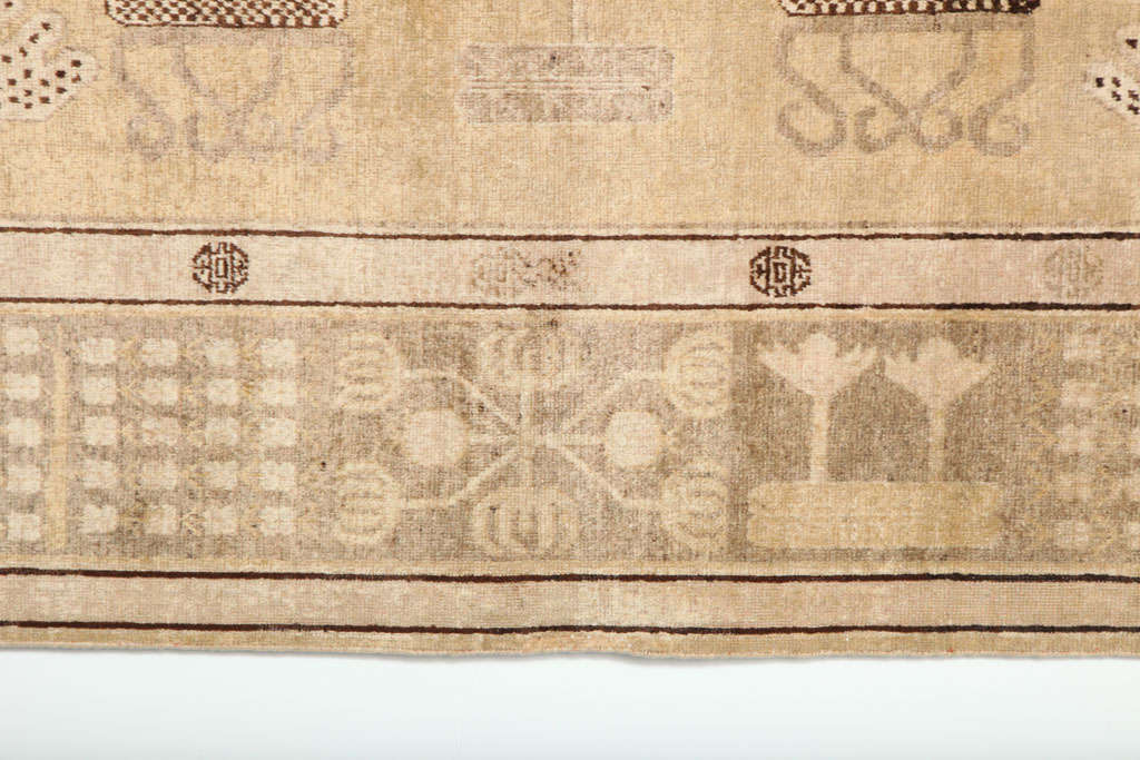 White Samarkand Khotan Carpet with Wool Pile and Vegetal Dyes, circa 1870 For Sale 1
