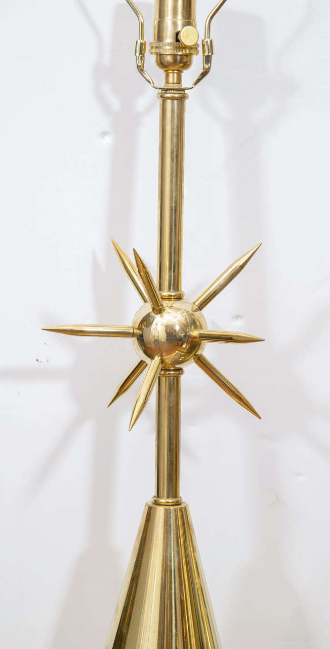 Mid-Century Modern Pair of Brass Table Lamps with Sputnik Detail at Centre For Sale