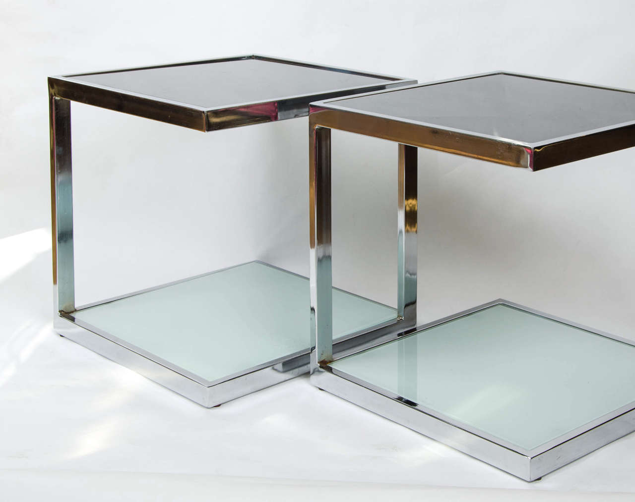 Two Pairs of 1950s Chrome Side Tables In Excellent Condition For Sale In London, GB