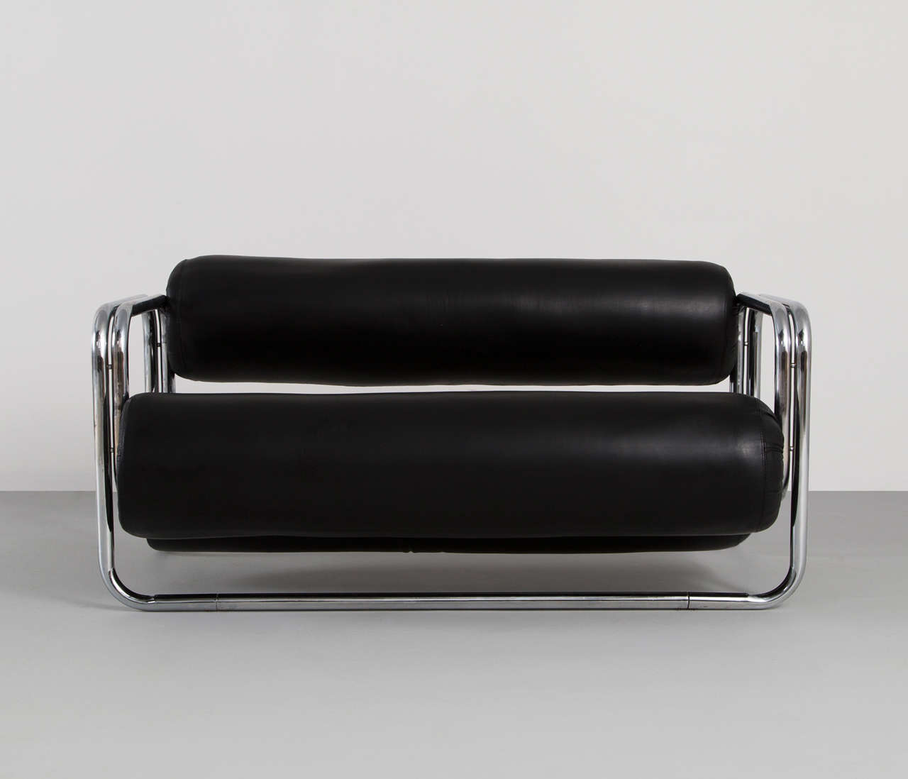 Black Leather Two-Seat Sofa 2