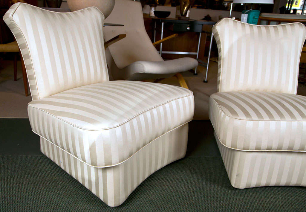 Pair of Slipper Chairs in the style of James Mont. In Good Condition For Sale In Stamford, CT