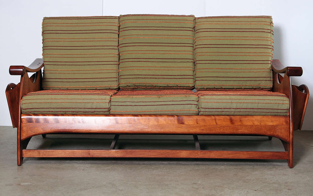 Gilbert Rohde Art Deco Sofa and Coffee Table Heywood Wakefield Reduced For Sale 1