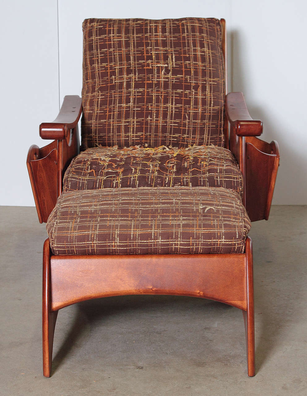 Gilbert Rohde Art Deco Heywood Wakefield Seating with Original Fabric, Reduced For Sale 2