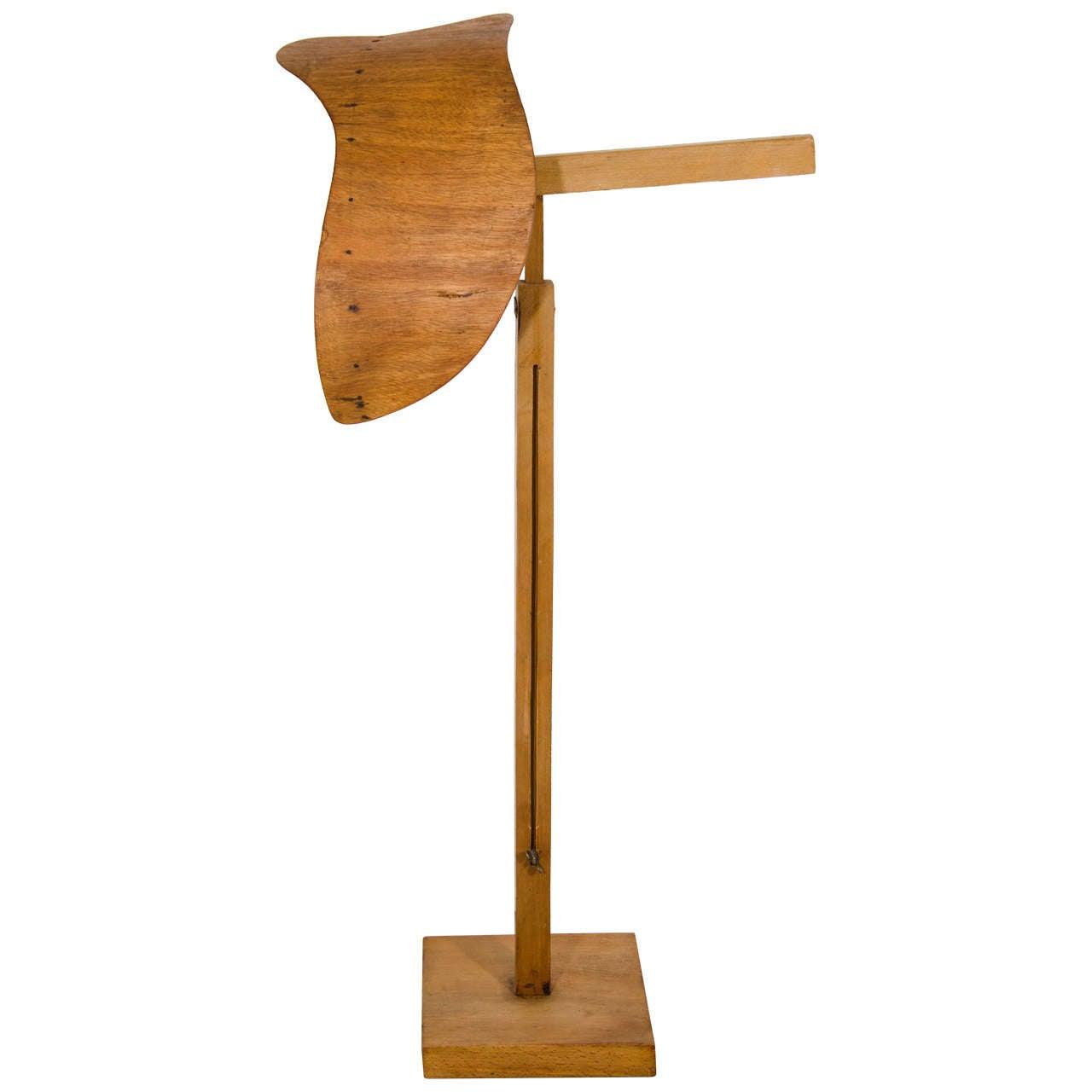 Siegel Wooden Display Form 1