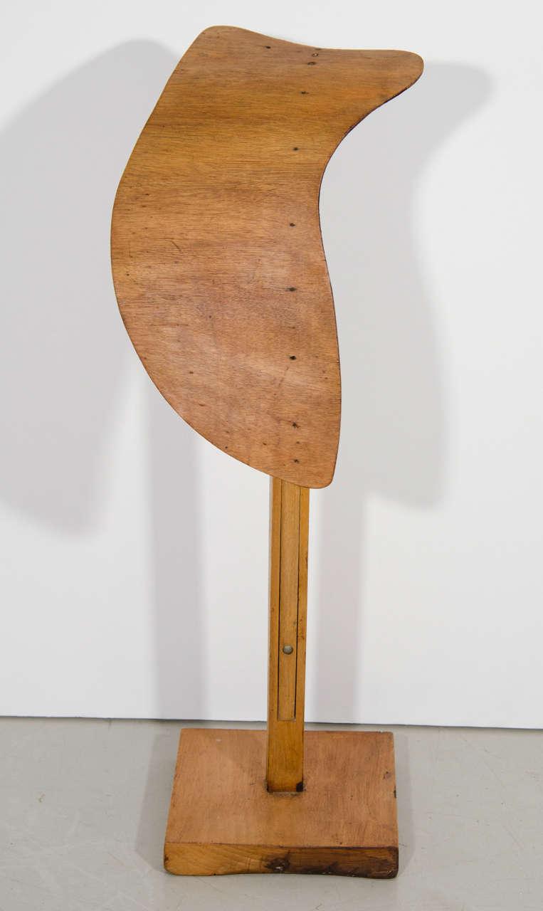 Siegel Wooden Display Form 2