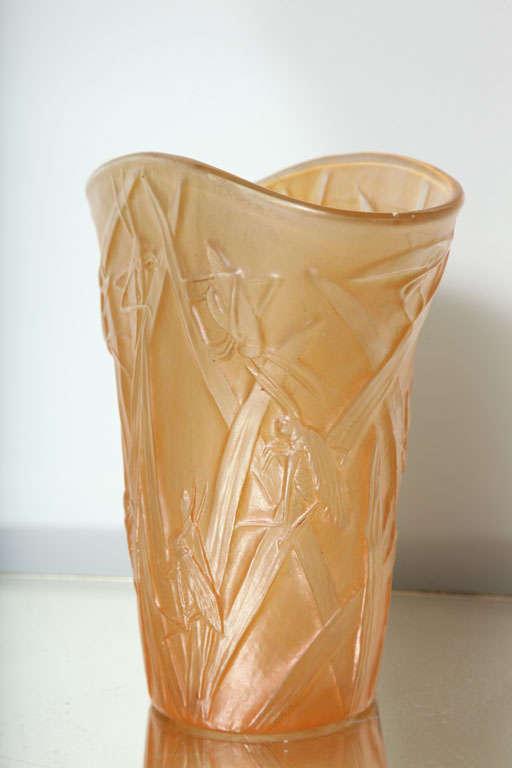 Mid-20th Century Amber Phoenix Grasshopper Vase For Sale