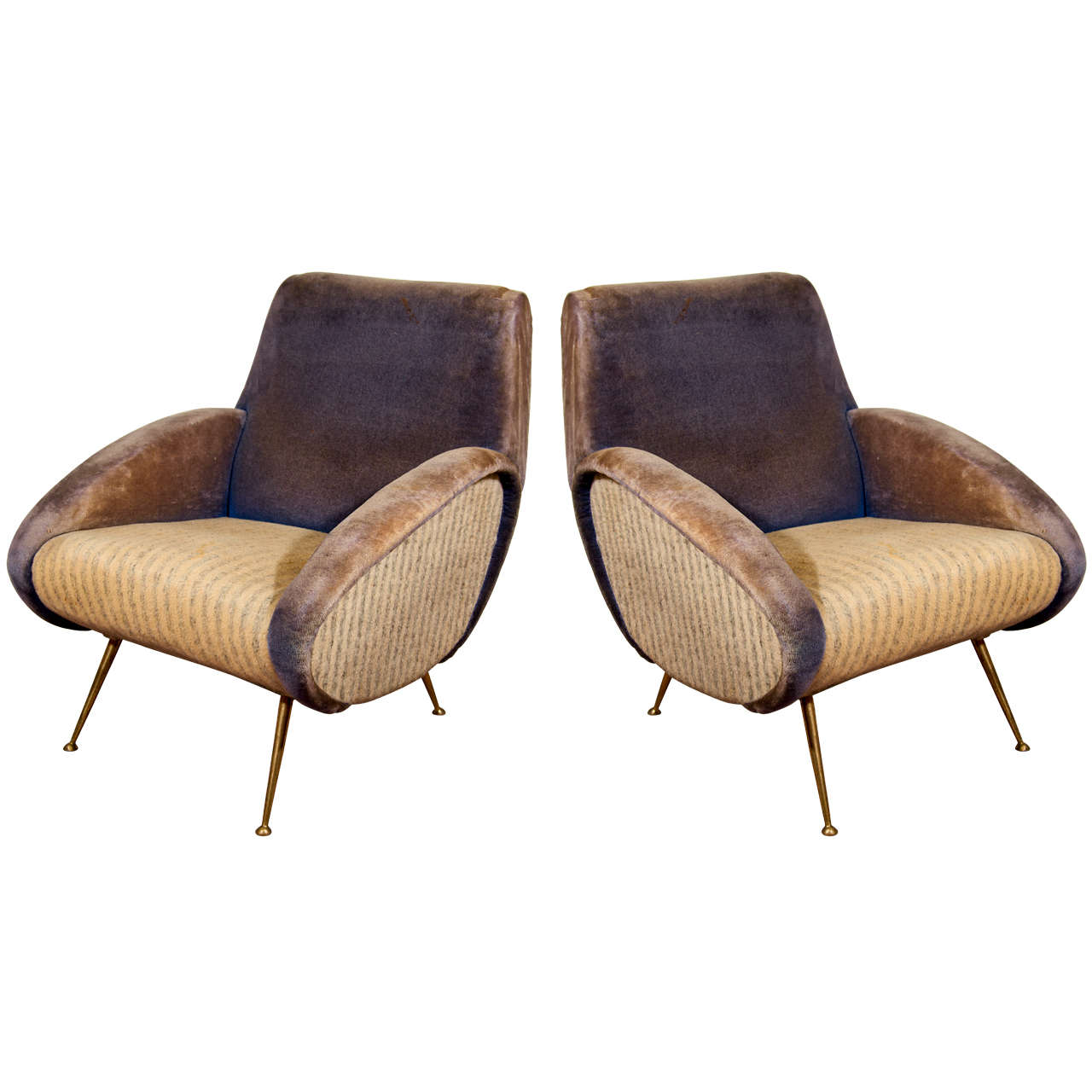 Charmant Pair Of Mid Century Lounge Chairs Attributed To Gio Ponti For Sale