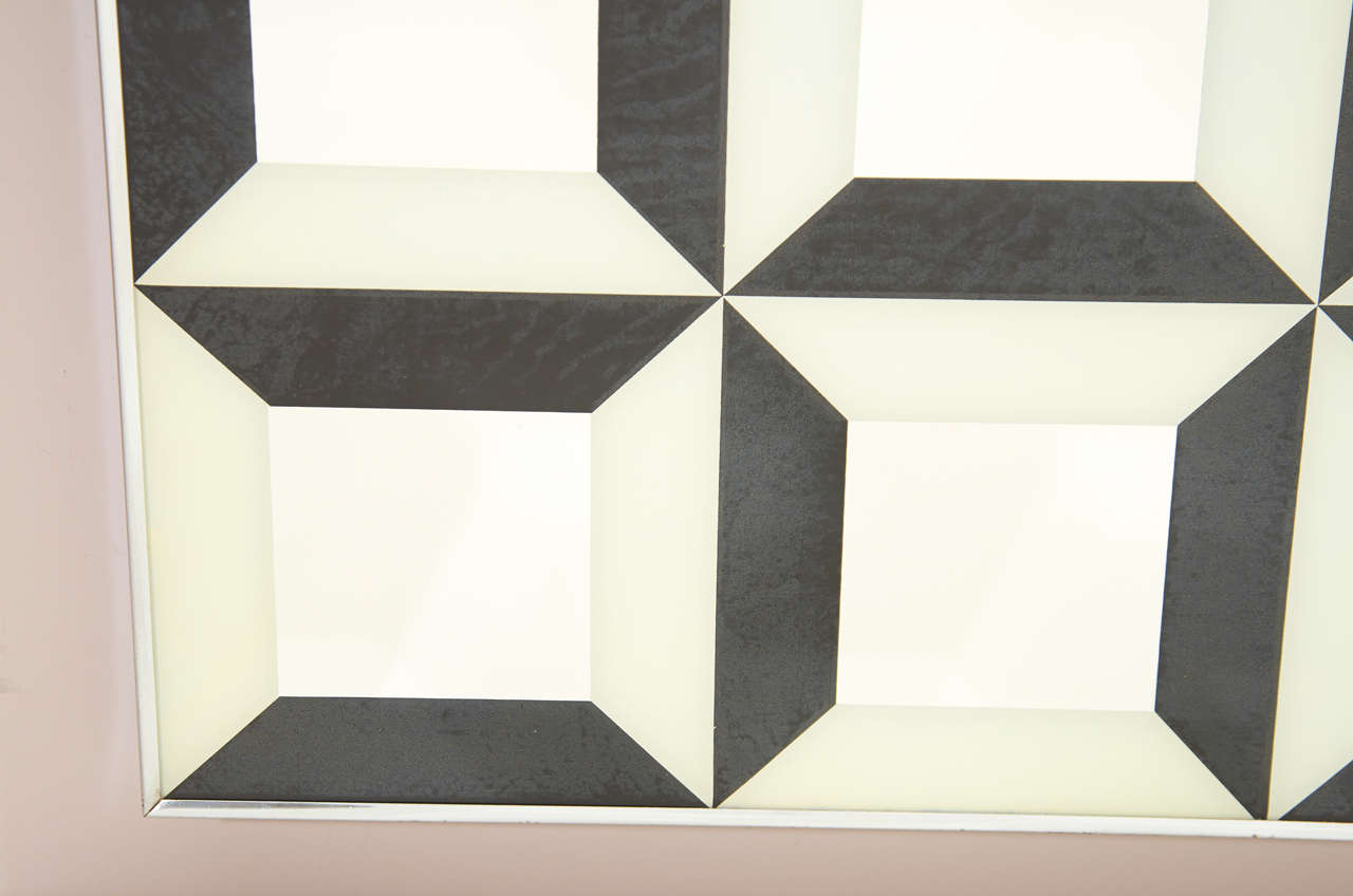 Black and White Op Art Wall Mirror In Good Condition For Sale In New York, NY