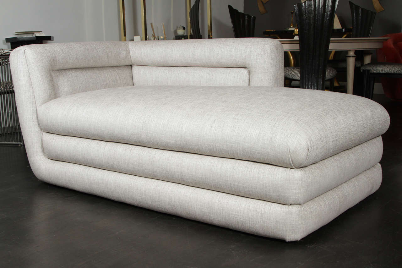 Quillian classic collection hollywood glamour chaise for Chaise longue classic design italia