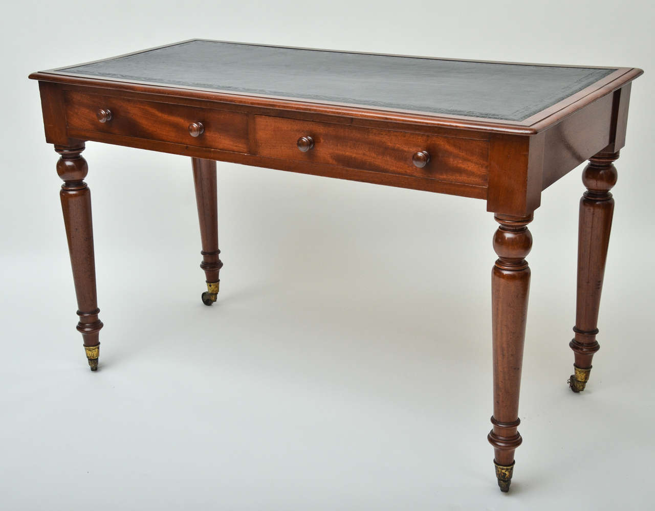 Early 19th century english mahogany writing table at 1stdibs for Table insert th