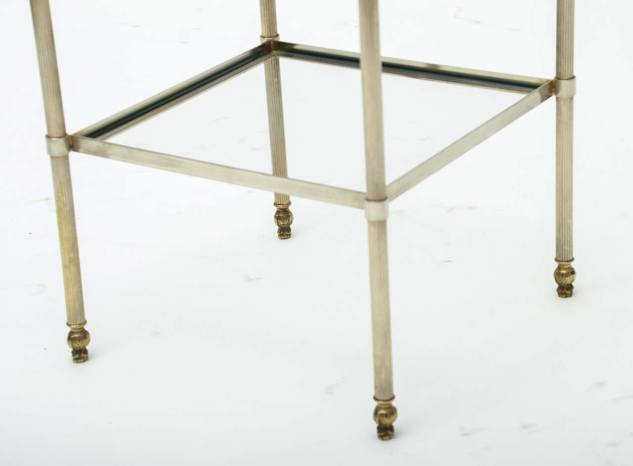 Mid-Century Modern Pair of French Brass and Glass Side Tables For Sale 1