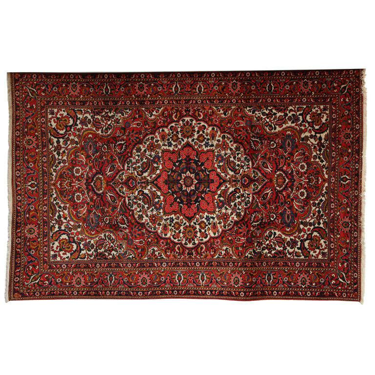 Persian Bakhtiari Carpet in Handspun Wool and Vegetable Dyes, circa 1920
