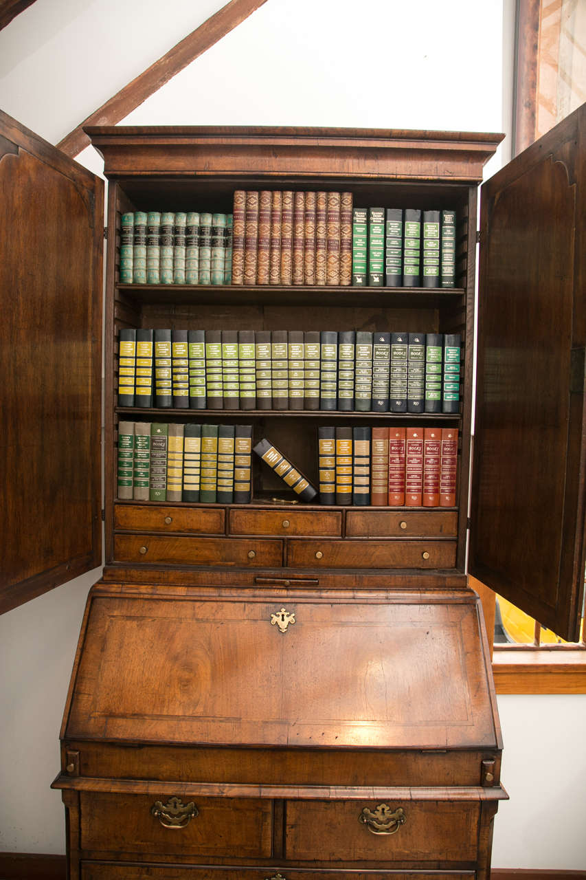 Walnut Slant Front Bureau Bookcase / Secretary For Sale 2