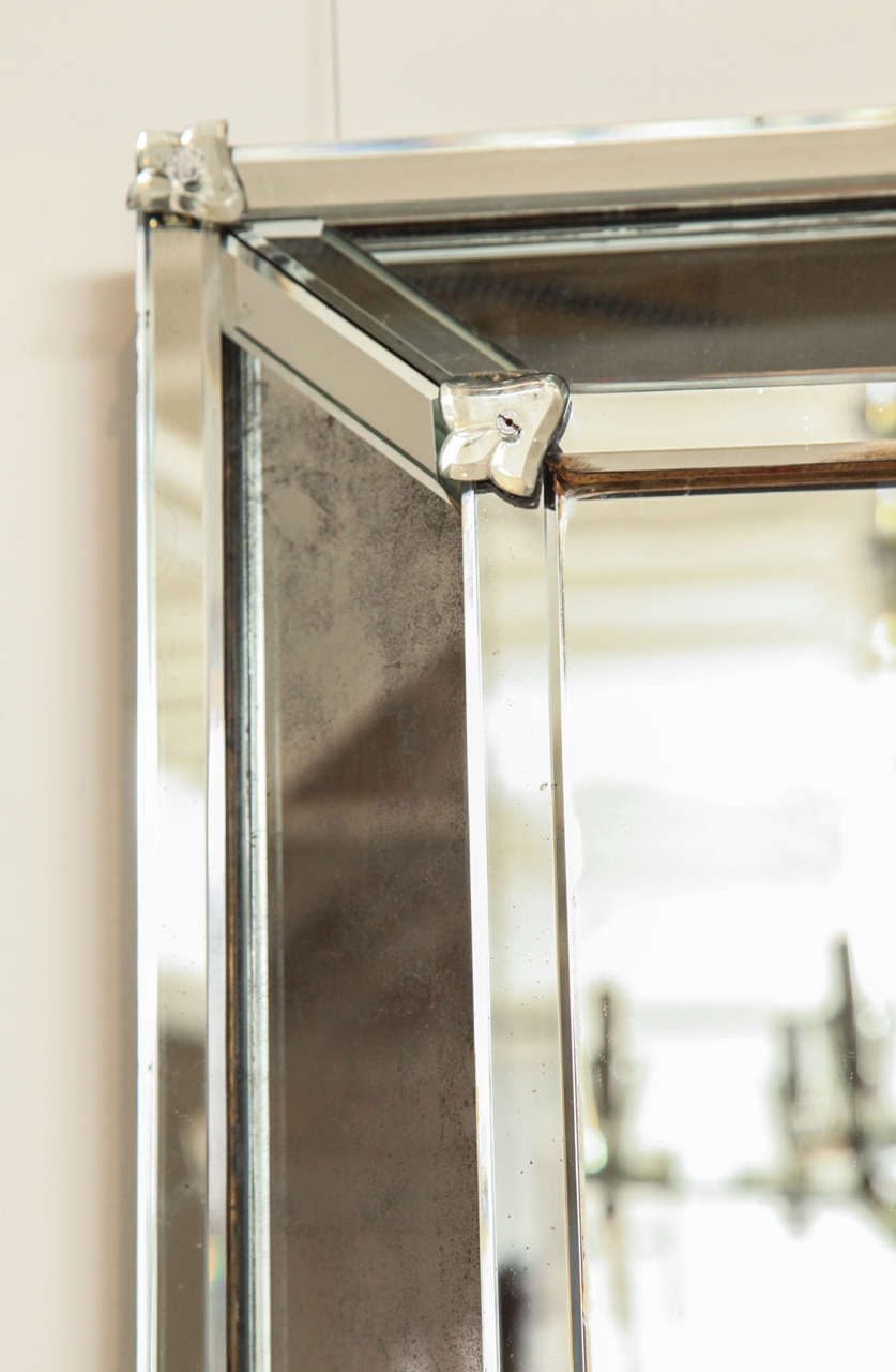 Venetian Style Rectangular Mirror In Excellent Condition For Sale In New York, NY