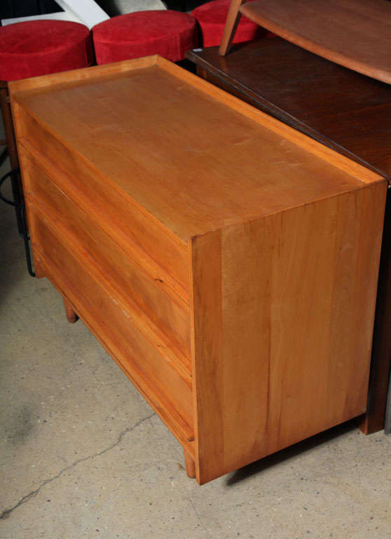 Beau American Mid Century Crawford Dresser For Sale