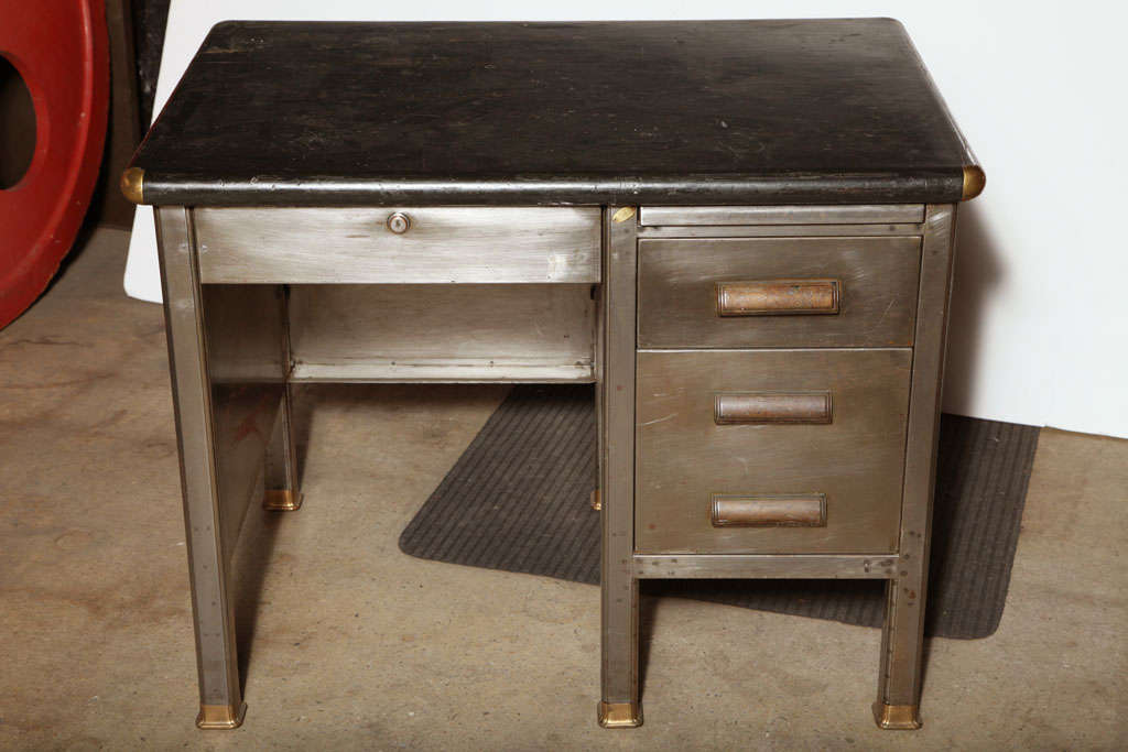 Member Wood Office Furniture Institute Desk This Is The Crosby