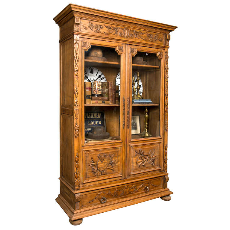french walnut bibliotheque c 1880 at 1stdibs. Black Bedroom Furniture Sets. Home Design Ideas
