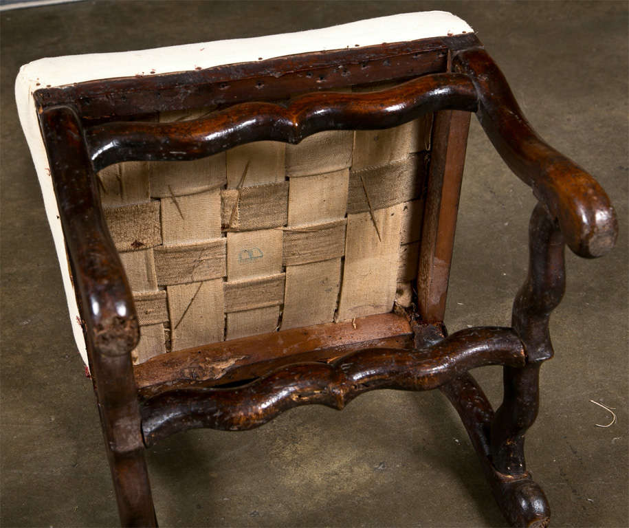 Pair of French Walnut Chairs, circa 1720 6