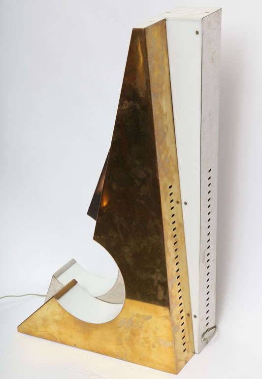 1960s Italian Futurist Table Lamp For Sale 1