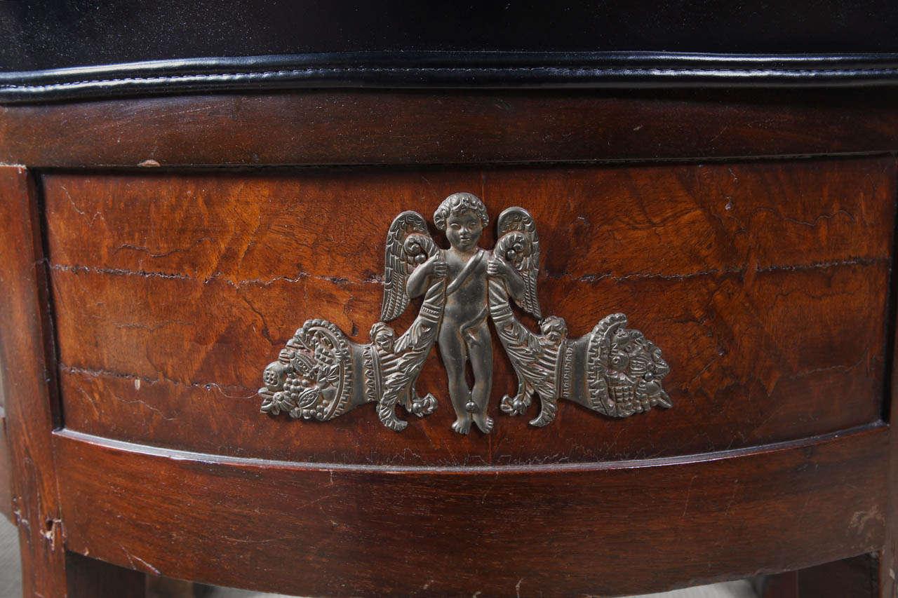 Empire Mahogany Armchair In Excellent Condition For Sale In Dallas, TX
