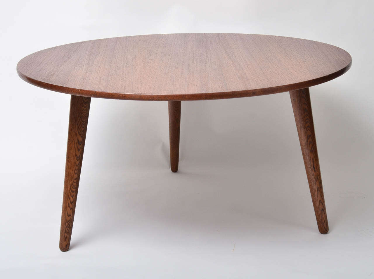 three legged round table table designs
