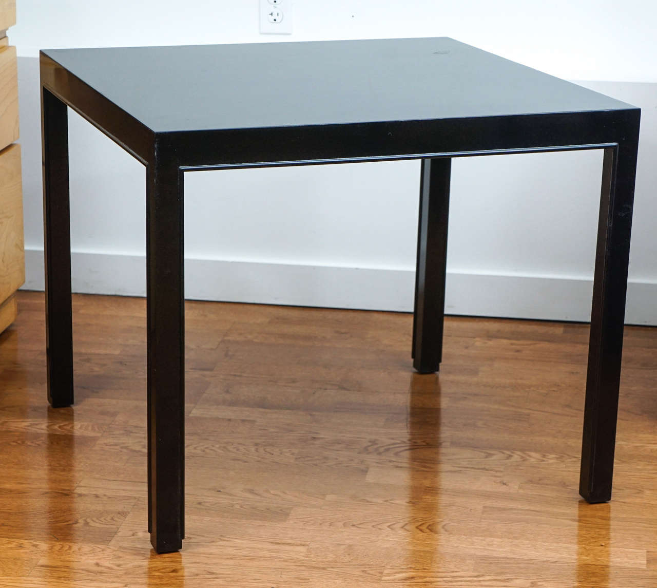 Mid-Century Modern Dunbar Occasional Table For Sale